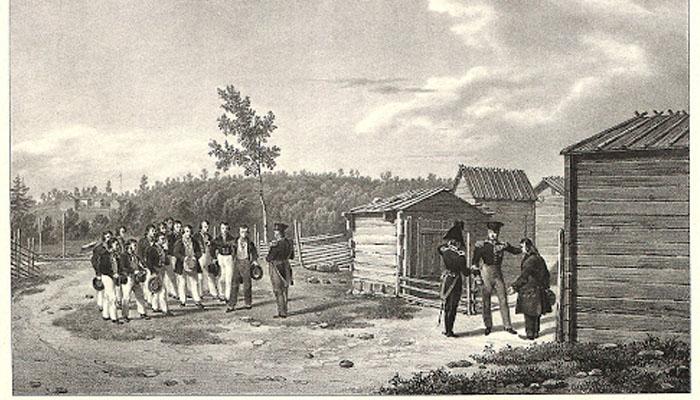 Suomi oli venäjän vallan alaisena sisuuntuva valtio jonka oma kansa halusi itsenäistyä